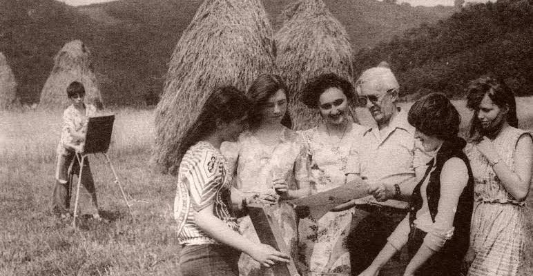 Золтан Баконій із учнями