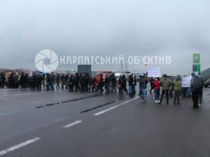 Перекриття траси Київ-Чоп через недофінансування ПТУ