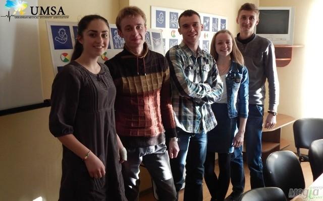 Студенти медичного факультету УжНУ - організатори акції