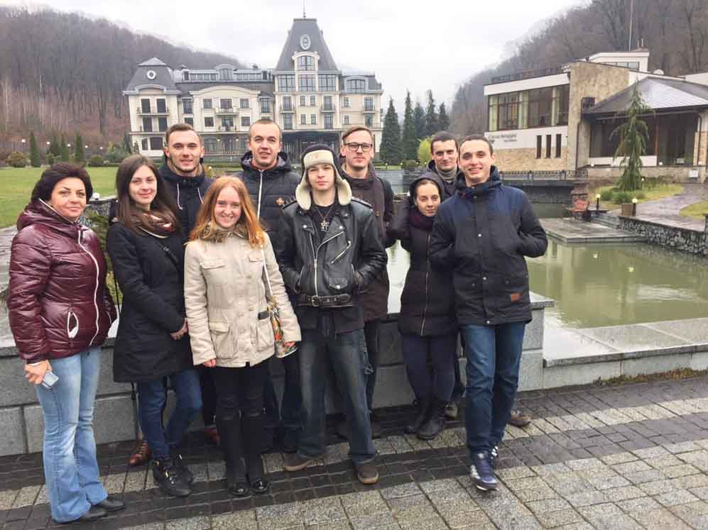 Туризмознавці УжНУ у «Деренівській купелі»