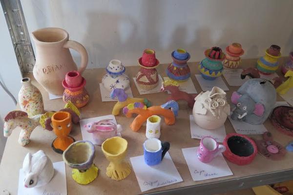 Вироби з глини в ужгородській школі