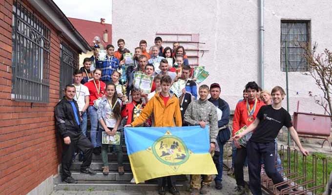 Учасники чемпіонату з туризму