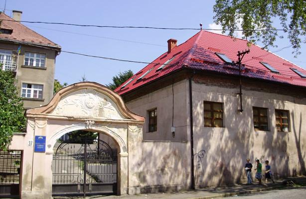 Закарпатська академія мистецтв