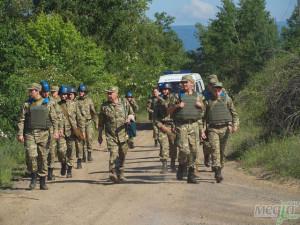 Студенти УжНУ під час виконання бойового завдання