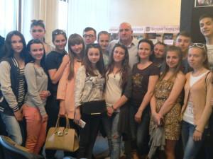 Студенти Ужгородського торговельно-економічного коледжу з Юрієм Маслієвим