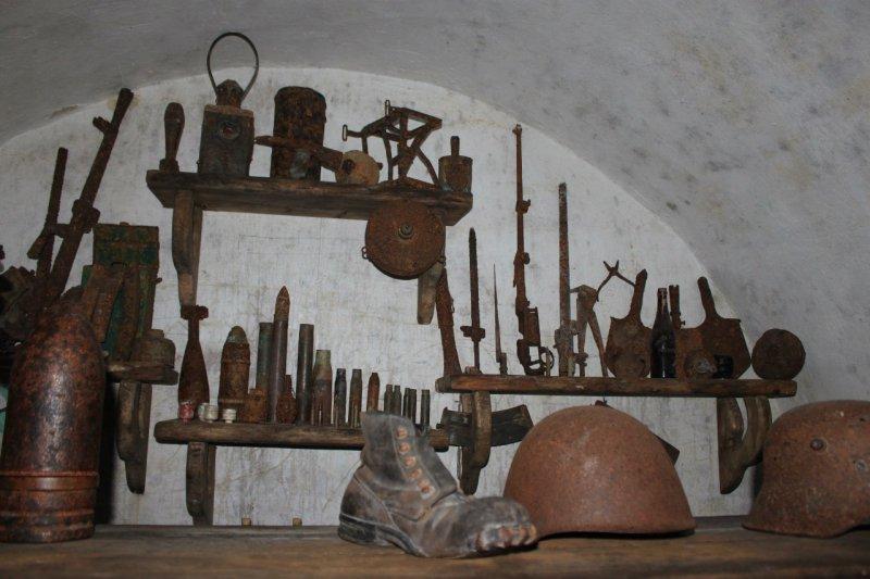 Зброя у бункері лінії Арпада