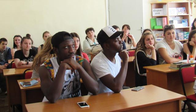Зустріч у бібліотеці для дітей та юнацтва в Ужгороді