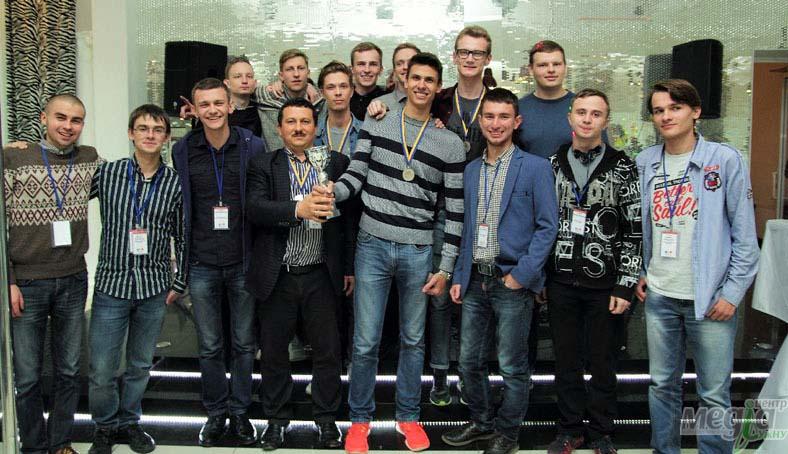 Студенти-програмісти УжНУ, Олександр Міца