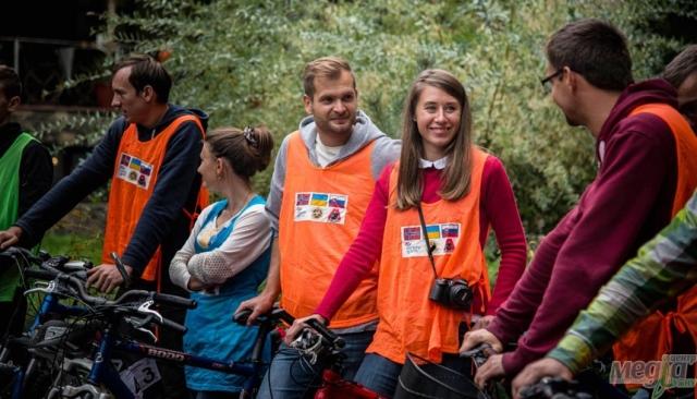 Учасники студентського велотабору біля Ужгорода