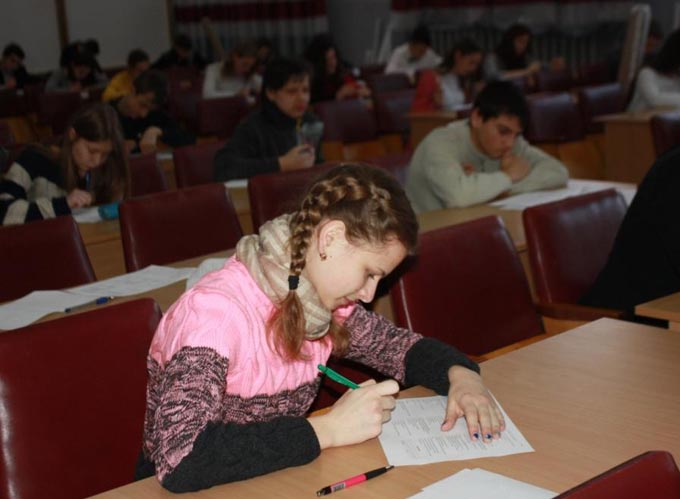 Під час написання олімпіадної роботи з екології