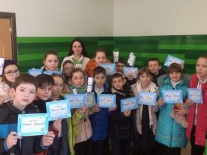 Учні гімназії отримали сертифікати Приватбанку