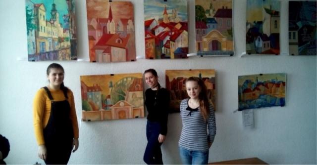 Виставка робіт студентів академії мистецтв у коледжі мистецтв імені А. Ерделі