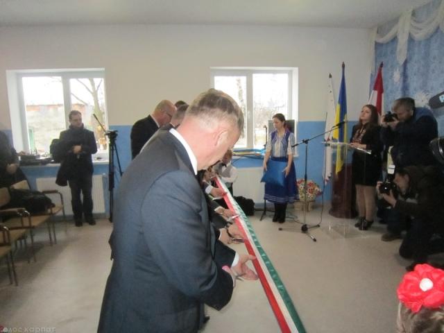 Угорці відкривають дитсадок на Закарпатті