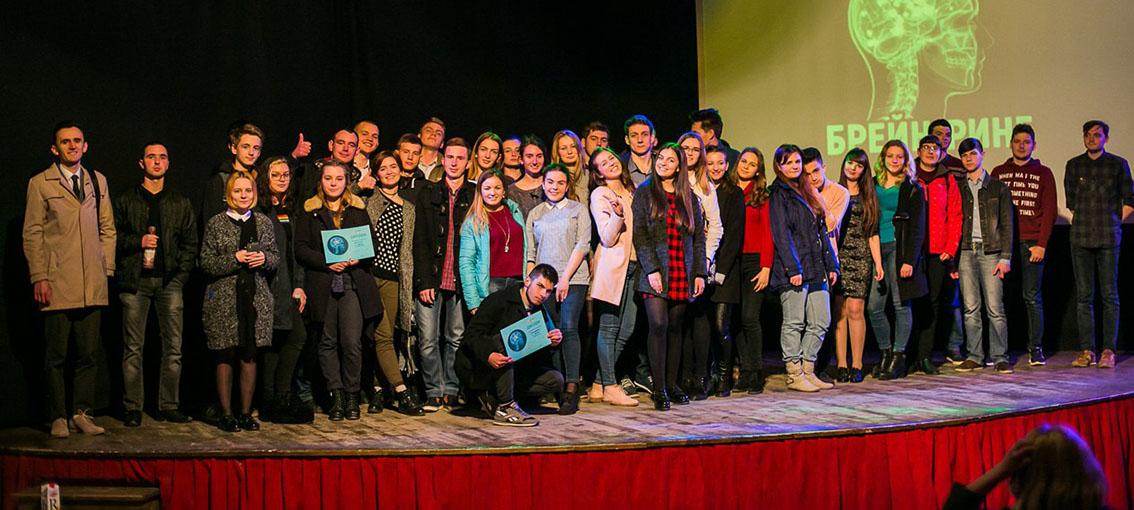 Учасники брейн-рингу в Ужгороді