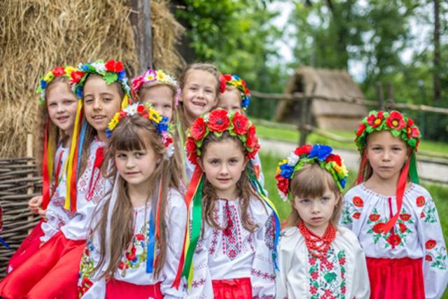 Маленькі українці
