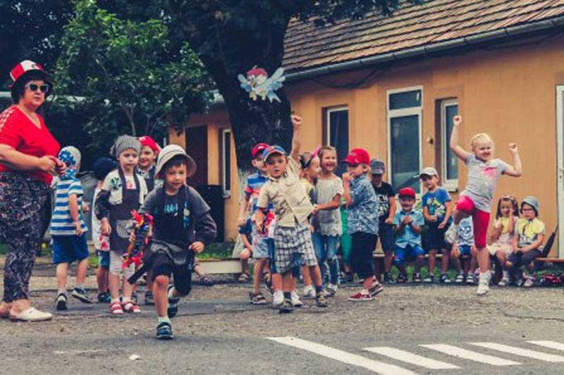 Дітки у Мукачеві