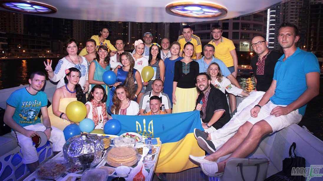 День українського прапора в ОАЕ, Тарас Ващук