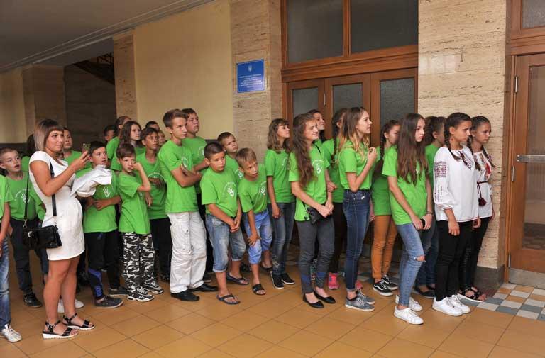 Луганські діти на Закарпатті