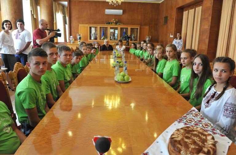 Діти з Луганщини в Закарпатській ОДА