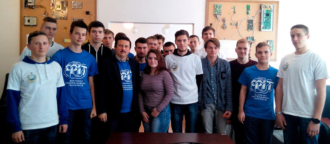 Команди в Ужгороді на Кубку Векуа