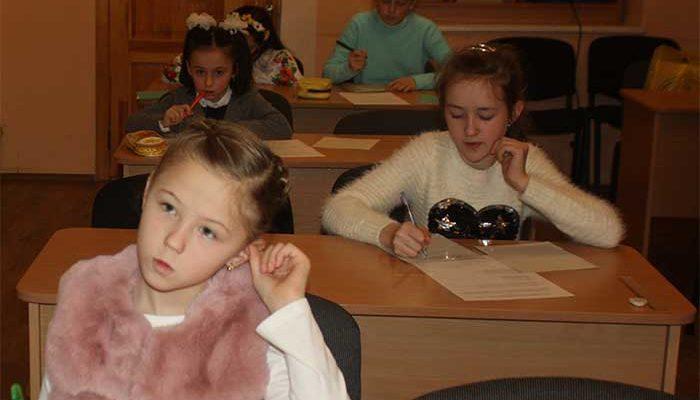 Маленькі учасники конкурсу імені Петра Яцика в Ужгороді