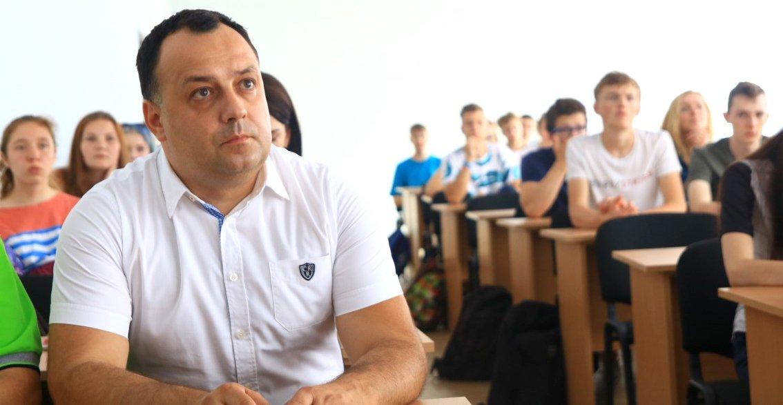 Володимир Чубірко на філологічному факультеті УжНУ