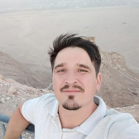 Василь Лавер на Джебель Хафіт – найвищій горі в еміраті Абу-Дабі