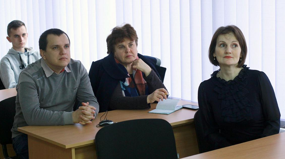 Віталія Папіш, Майя Мозер, Василь Шаркань