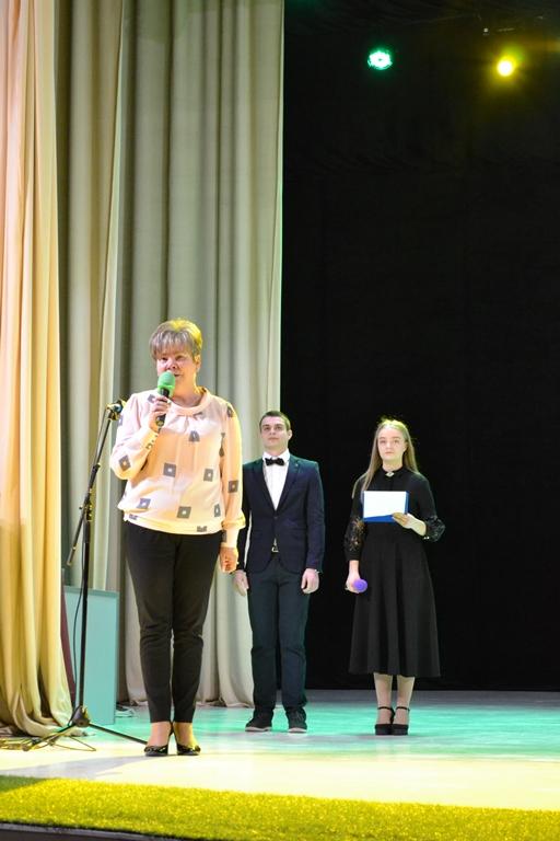 Виступає Ганна Сопкова