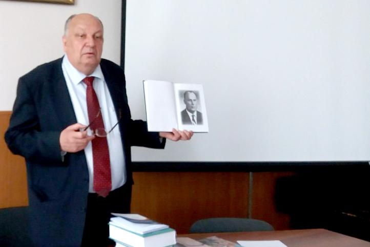 Директор Інституту української мови НАН України Павло Гриценко