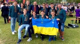 Українські юні математики у Великобританії