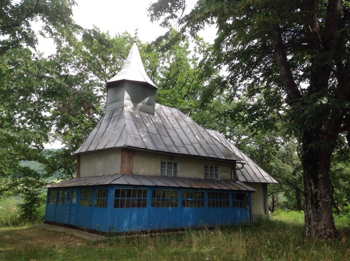 Церква св. Михаїла у с. Щасливе