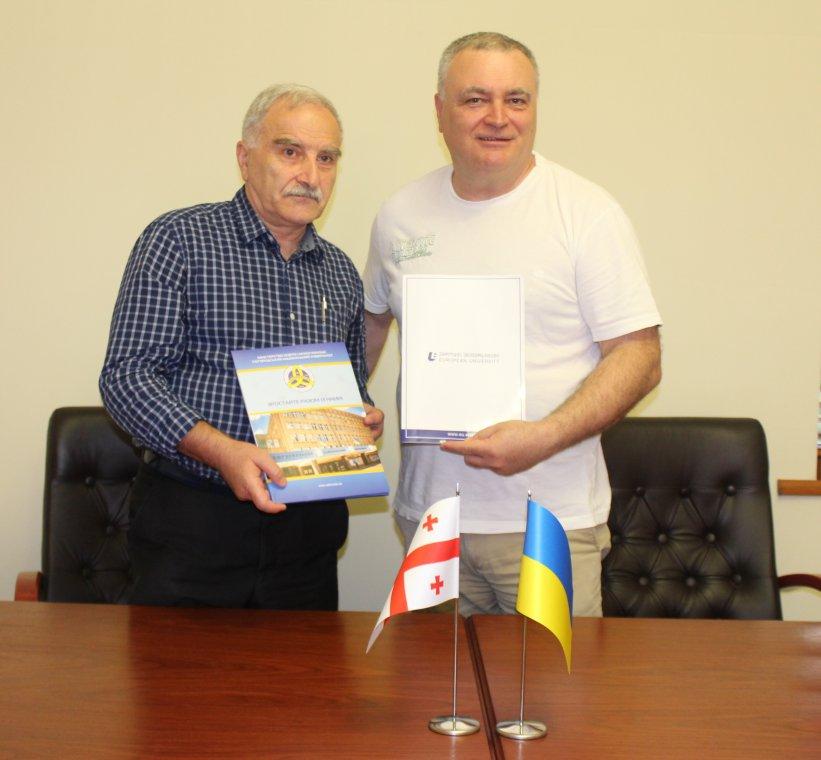 Володимир Смоланка й Теодор Заркуа