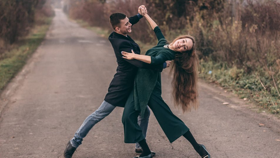 Анастасія з дитинства займається бальними танцями