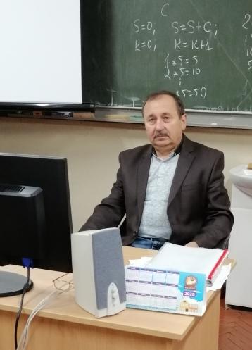 Микола Дронь