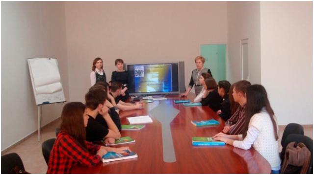 Ужгородським школярам розповіли про гроші