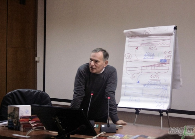 Тарас Возняк розповів студентам УжНУ про корупцію