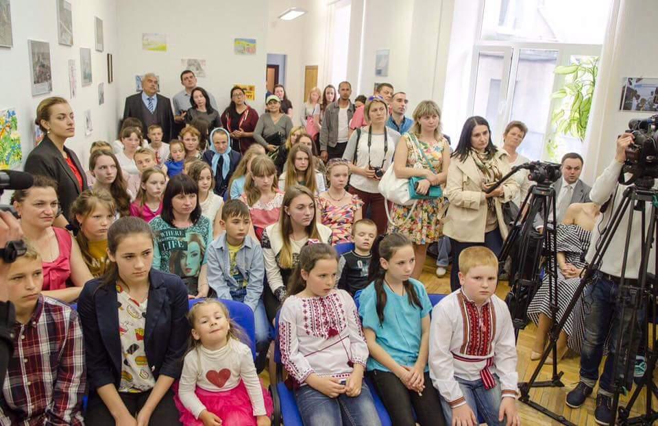 """Учасники конкурсу """"Мої права"""" на Закарпатті"""