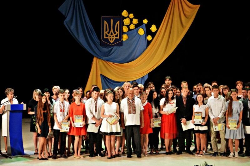 Геннадій Москаль із переможцями олімпіад, Ганна Сопкова