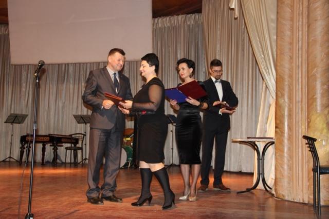 70-річчя Закарпатського інституту післядипломної педагогічної освіти відзначили в обласній філармонії