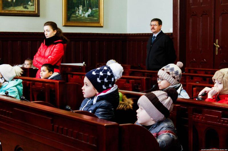 Діти мали змогу відчути себе депутатами :)