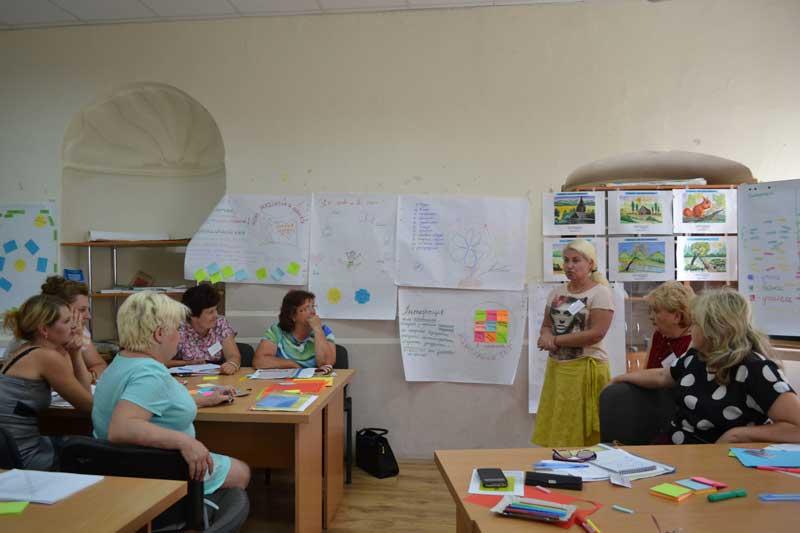 В Україні починають запроваджувати нові стандарти початкової освіти