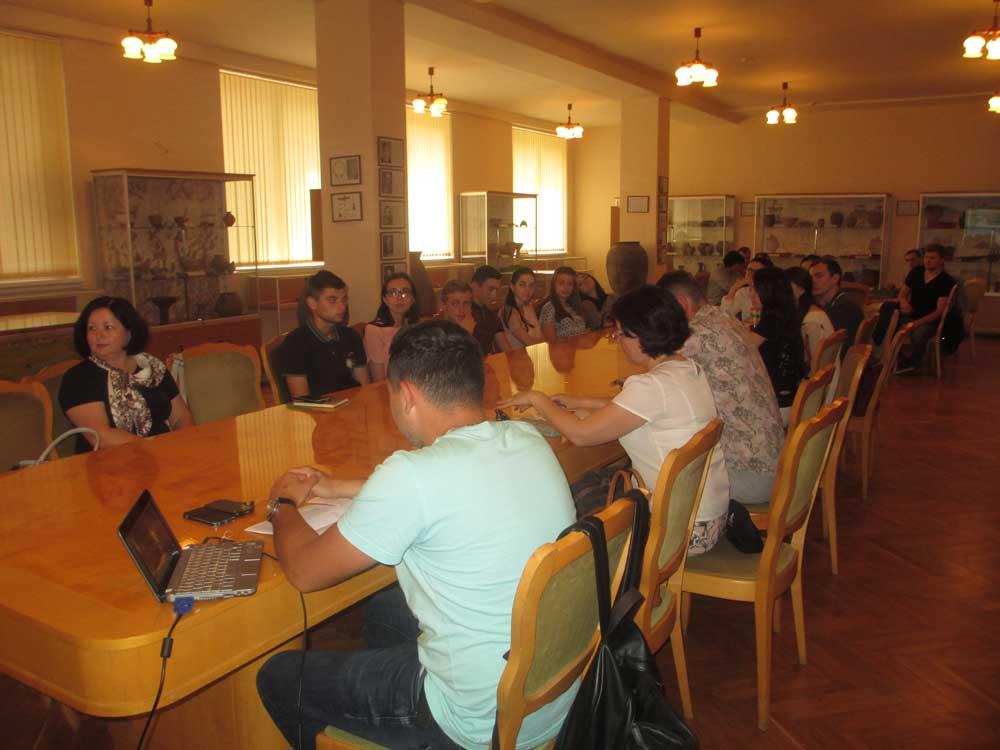 Учасники і дискутанти семінару