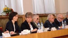 Ганна Сопкова, Андріана Лукач