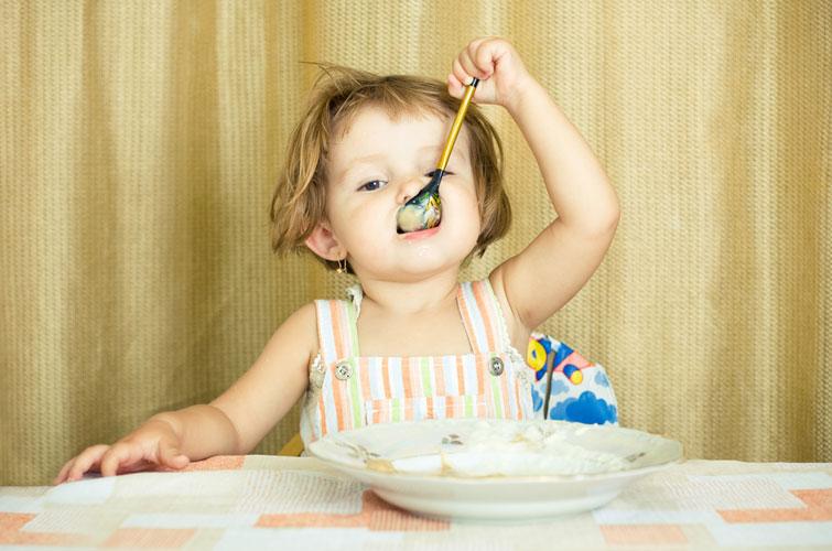 Їсти тверду, жорстку їжу починали рано, тому це і мало такий яскравий вплив на формування прикусу.