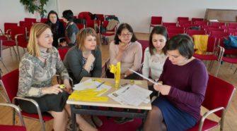 Засідання Школи професійного зростання вчителів англійської мови в Ужгороді