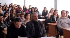 Наукова конференція на філфаку УжНУ