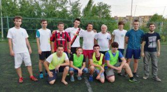Учасники й лектори IV Міжнародної літньої школи з програмування змагалися з футболу