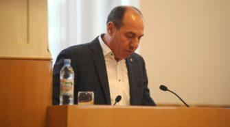 Ігор Бондаренко виступає на засіданні колегії департаменту освіти і науки Закарпатської ОДА
