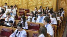 Талановиті закарпатські діти на засіданні колегії департаменту освіти і науки Закарпатської ОДА